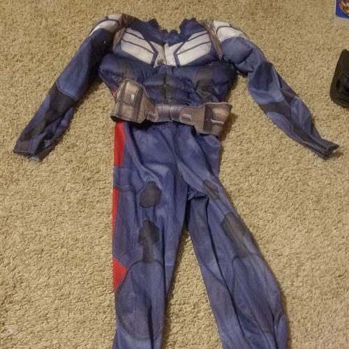 Captian America Costume size 4-6  for sale in West Jordan , UT