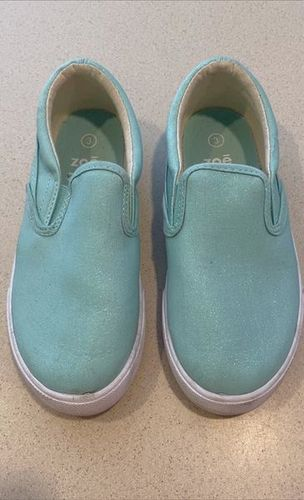 Girl's Size 3 Slip On Canvas Shoes for sale in Lehi , UT