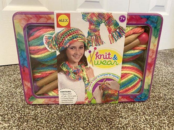 NEW! ALEX Knit & Wear Kit for sale in Lehi , UT