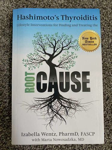Like NEW! Hashimoto's Thyroiditis Root Cause Book  for sale in Lehi , UT