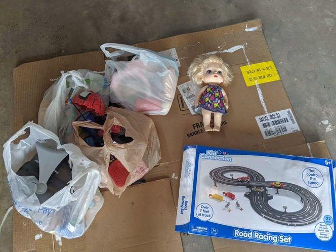 Bags full of girls/neutral toys for sale in Kaysville , UT