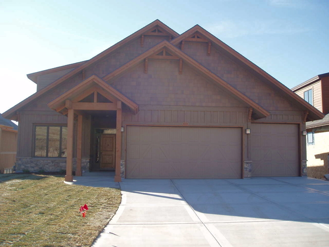 8 BED/5 BATH LUXURY AND VALUE. AMENITIES GALORE. AUGUST SUN-THU-SCREAMING DEAL!!! for rent in Eden , UT