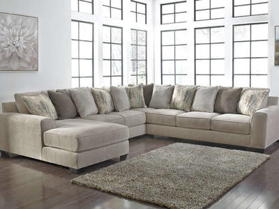 SECTIONAL TO FIT THE WHOLE FAMILY