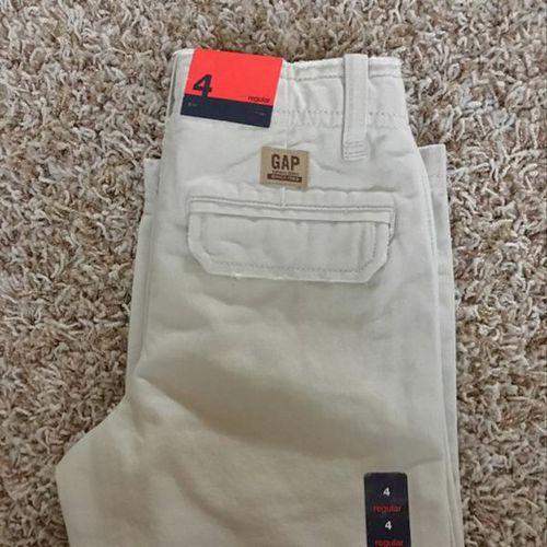 Gap Kids New Khakis Pants Size 4 for sale in North Salt Lake , UT