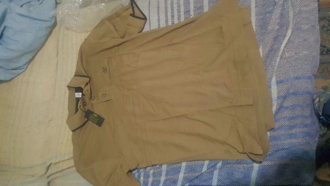 Shirt medium new  for sale in Riverton , UT
