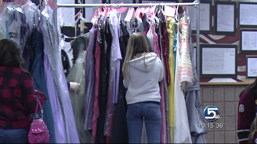 Teens Create Dress Exchange For Formal Gowns Ksl