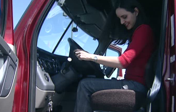 Ksl Cars Mobile >> I'll Try Anything Once: News anchor drives a big rig | KSL.com