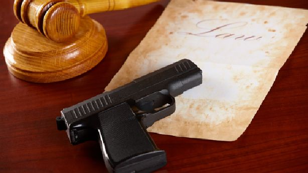 why american citizin carry firearms