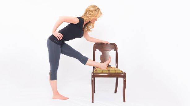 Office yoga Zen: 5 ways to focus and reduce stress