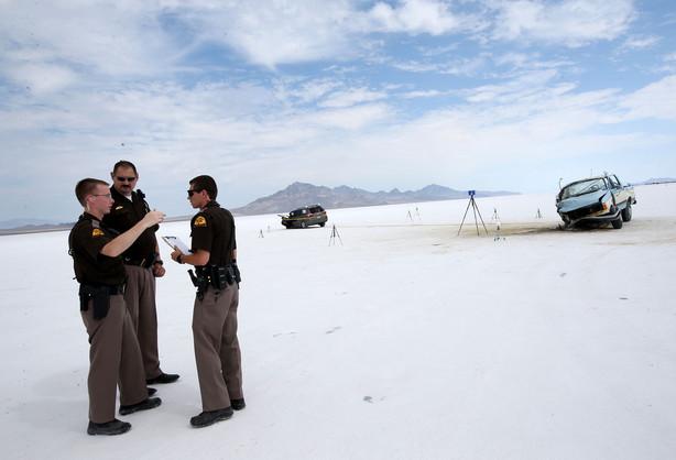 1 killed, 5 injured in Bonneville Salt Flats crash | KSL.com