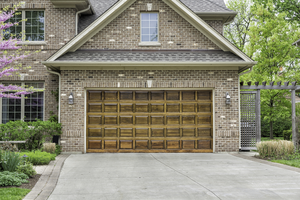 Garage Door Maintenance May Be Boring, But This Guide Isnu0027t | KSL.com