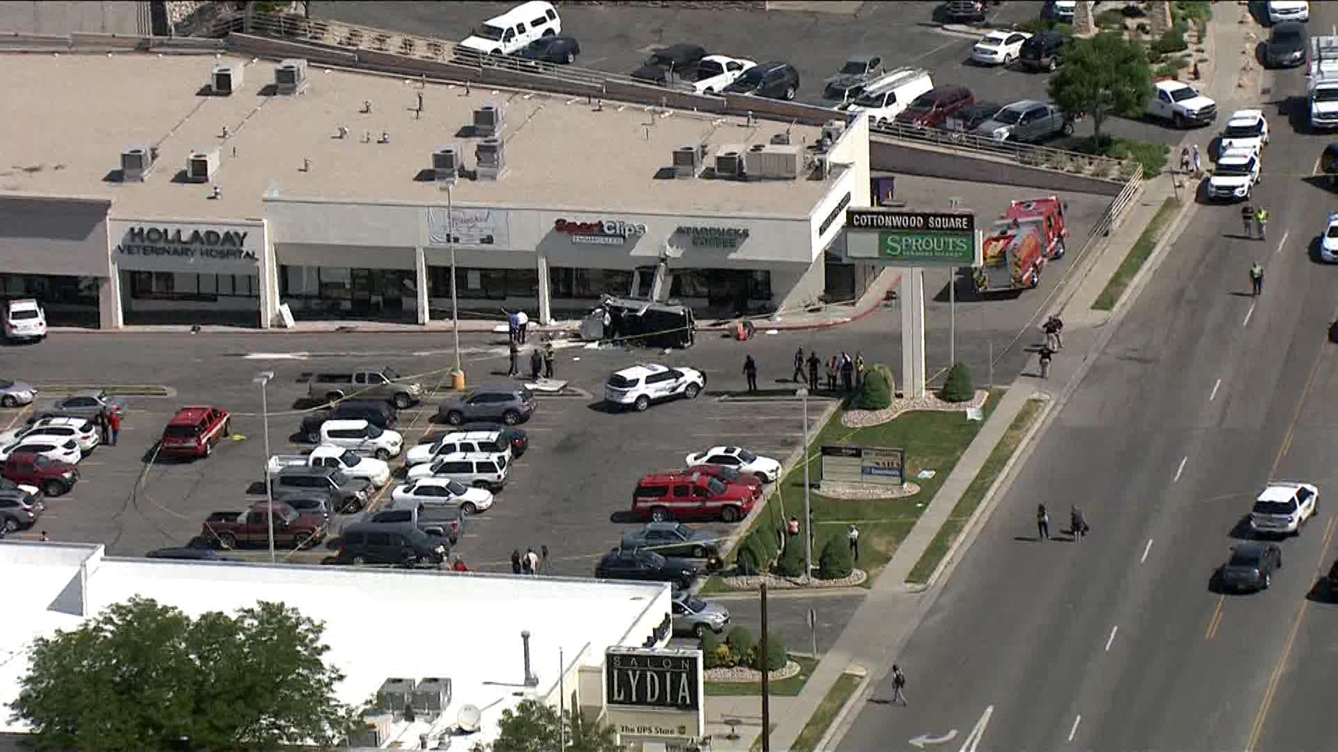 ksl traffic report 1 dead, 5 injured after car crashes into Millcreek Starbucks | KSL.com