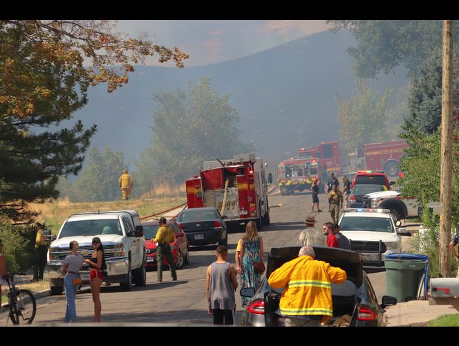 Minor injuries reported in fire near Utah State Capitol; fire nearly contained