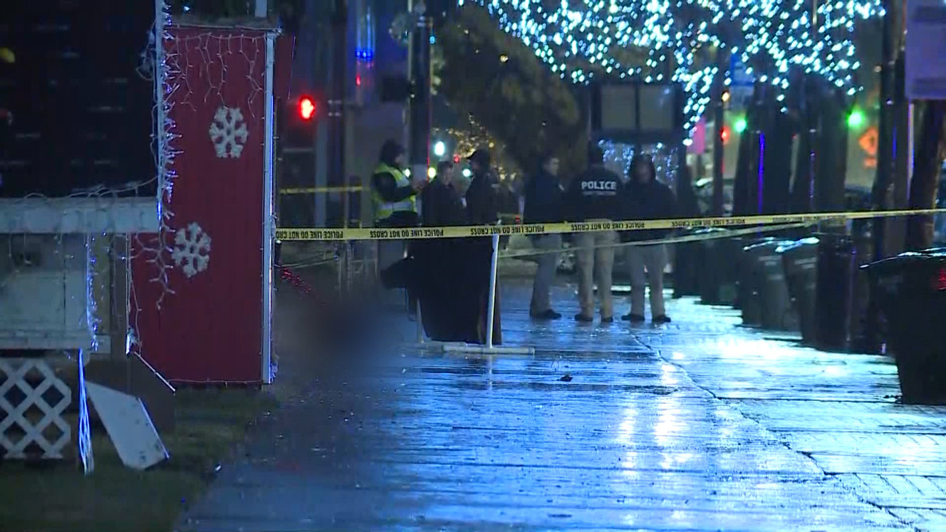 Man shoots at Utah officers near Christmas village, is shot and ...