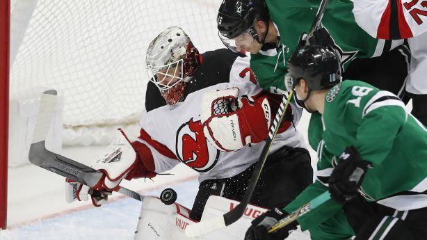 8bd3b36660b Heiskanen's third-period goal lifts Stars over Devils 5-4 | KSL.com