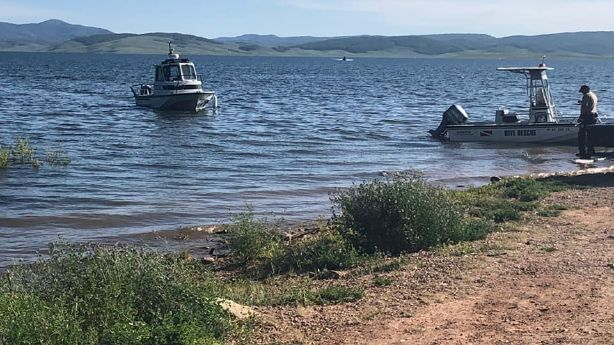Search resumes for missing boaters on Strawberry Reservoir