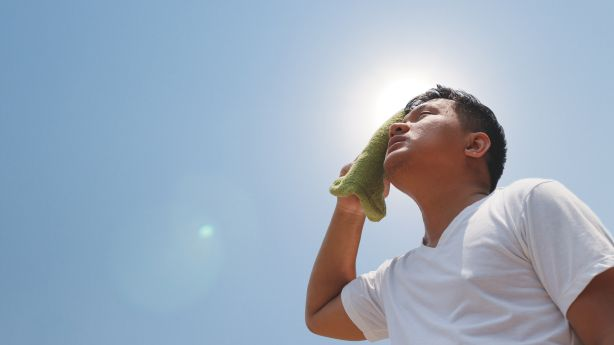 How to protect yourself from heat-related illnesses