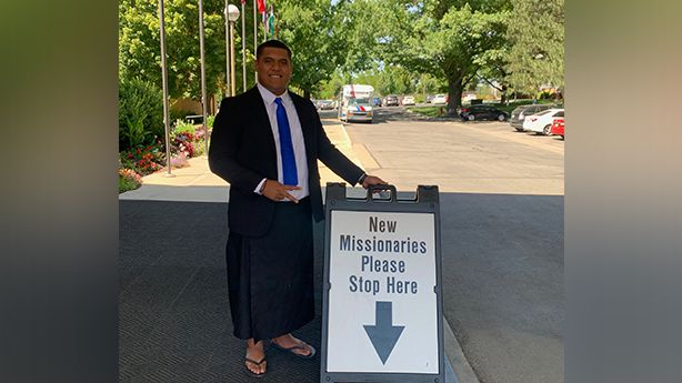 BYU football signee's belongings stolen on his way to Latter-day Saint MTC; man arrested