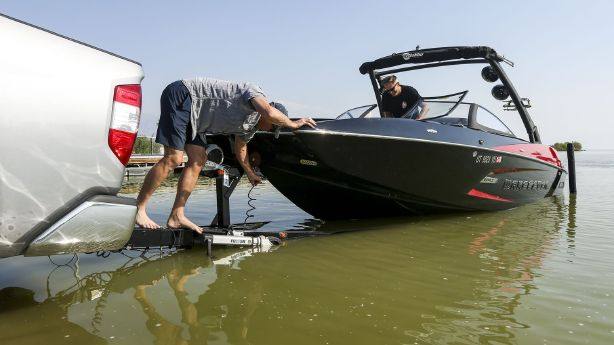 Utah Lake now under shore-to-shore warning for toxic algal blooms