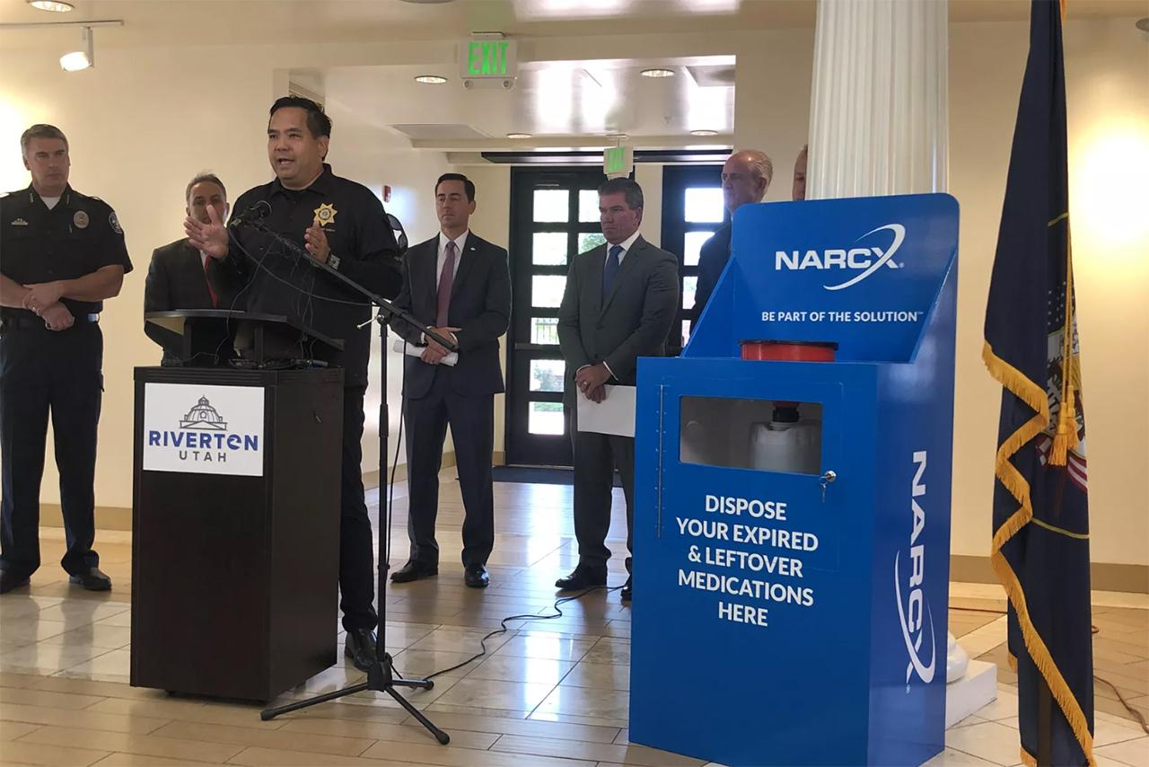 Riverton Offers Kiosks For Residents To Safely Dispose Opioids Drugs Ksl Com
