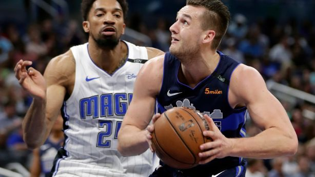 Former BYU star Kyle Collinsworth acquired by SLC Stars, signed by Jazz