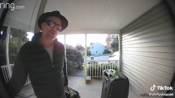Have You Seen This? Dad makes video diary for daughter with smart doorbell thumbnail