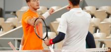 Carreno Busta accuses Djokovic of feigning injury concerns