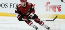 Sabres agree to sign Taylor Hall to 1-year, $8 million deal