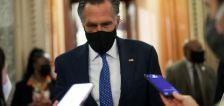 Sen. Mitt Romney receives stitches after weekend fall knocks him unconscious