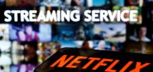 Netflix tests feature that could limit password sharing