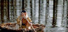 Modern mountain men test handmade hide boat for Bear River run