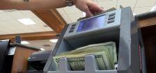 Gephardt: Banks earn billions from avoidable fees