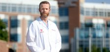 Front-line fatigue: COVID resurgence leaves ICU docs feeling 'heavy in the soul'